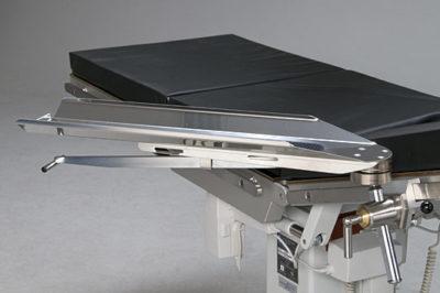 Armbord med roterbar klove, skålad ovansida